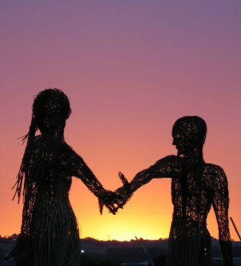 házas férfi egyedülálló nő kapcsolat